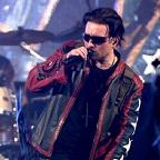 De foto van de lookalike en imitator van  Bono