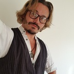 De foto van de lookalike en imitator van  Johnny Depp