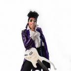 De foto van de lookalike en imitator van  Prince