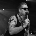 De foto van de lookalike en imitator van  Robbie Williams (255)